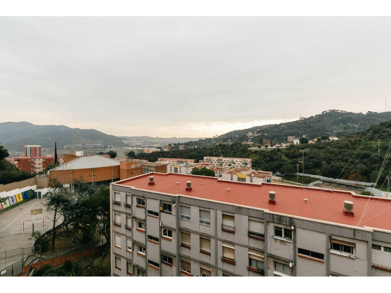 Pisos en barcelona zona nou barris - Pisos en nou barris ...